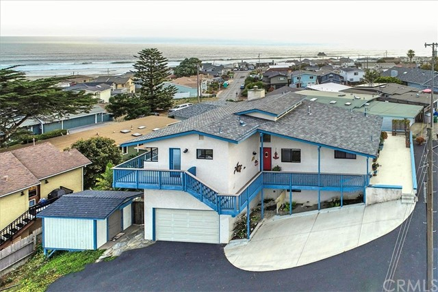 Detail Gallery Image 1 of 23 For 2194 Circle Dr, Cayucos, CA 93430 - 2 Beds | 3/1 Baths