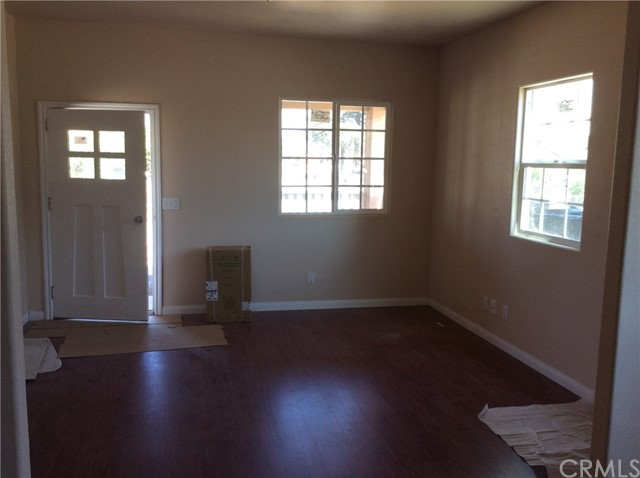 Single Family Home for Sale at 10644 Valencia Street Bloomington, California 92316 United States