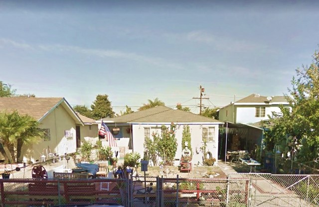 2723 Norton Avenue, Lynwood CA: http://media.crmls.org/medias/5c996620-e59d-4f4b-81f9-95b95c105494.jpg