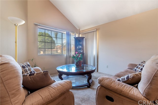 5952 Ashley Court, Chino CA: http://media.crmls.org/medias/5ca25553-c34e-462b-a27d-139e37dbf474.jpg