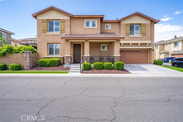 10961 Periwinkle Way, Riverside CA: http://media.crmls.org/medias/5ca2fea2-3674-4ee0-bb80-e84d7a90a383.jpg
