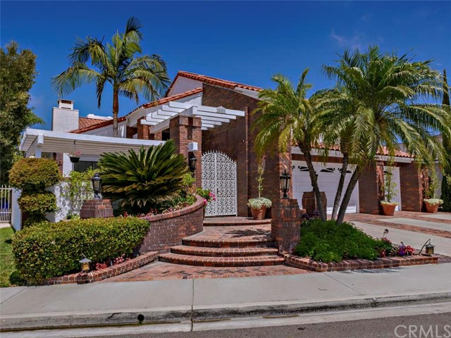 Single Family Home for Sale at 28221 San Marcos Drive Mission Viejo, California 92692 United States