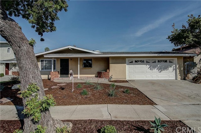 Single Family Home for Rent at 270 Joann St Costa Mesa, California 92626 United States