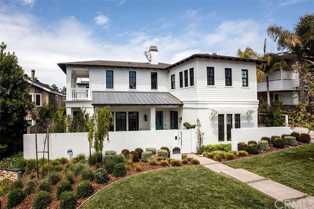Single Family Home for Sale at 407 Tustin Avenue Newport Beach, California 92663 United States