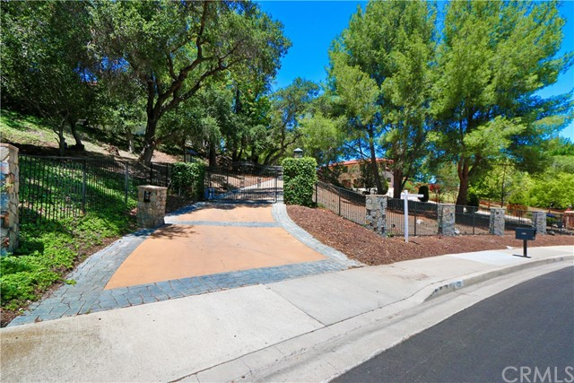 420 N Chandler Ranch Road, Orange, California