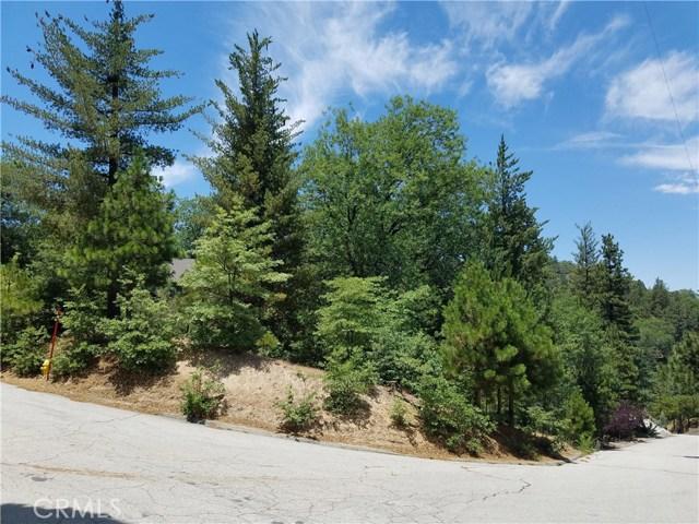 28310 Bern Lane, Lake Arrowhead CA: http://media.crmls.org/medias/5cb2c09c-32c9-4645-affa-3cf353f59078.jpg