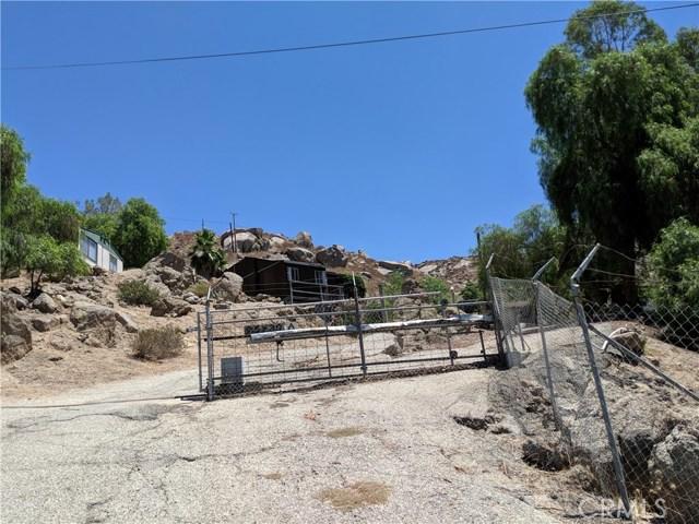 25430 Echo Valley Road, Menifee CA: http://media.crmls.org/medias/5cbf9282-6a5c-4c83-be62-72b353f86113.jpg