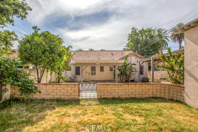 2821 N Arrowhead Avenue, San Bernardino CA: http://media.crmls.org/medias/5cc2fb00-c894-4f4c-90ad-dd034b3cbe8f.jpg