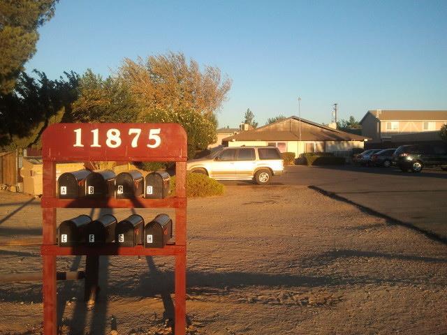 11875 A Avenue, Hesperia CA: http://media.crmls.org/medias/5ccdab1d-5d4d-481c-b5b2-4321d96acb26.jpg
