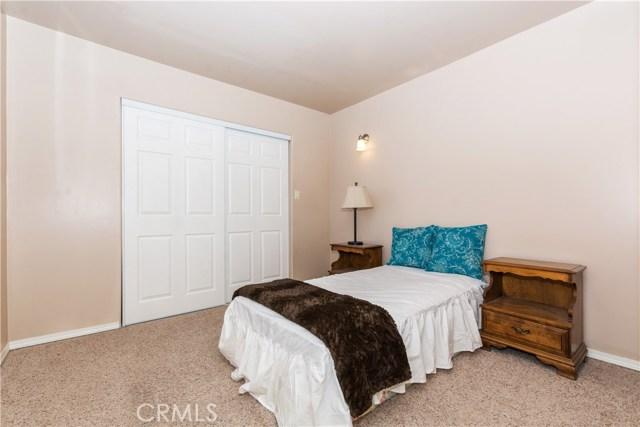 27390 Matterhorn Drive, Lake Arrowhead CA: http://media.crmls.org/medias/5ccdffd7-759b-4f62-9d7a-ab0048ccd4e9.jpg