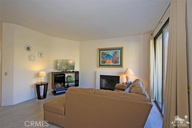 54673 Tanglewood, La Quinta CA: http://media.crmls.org/medias/5cdf0813-62da-4686-ad8e-b0e0b3a8b1b2.jpg