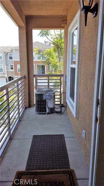 3550 Torrance Boulevard, Torrance CA: http://media.crmls.org/medias/5cec68b7-d923-49b3-ad73-755c2dd8cfa3.jpg