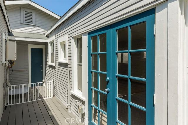 718 Hermosa Avenue, Hermosa Beach CA: http://media.crmls.org/medias/5cf2042e-3c7d-4335-bab5-3d22d8b7a974.jpg