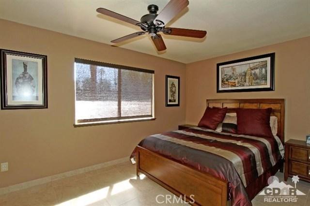 72664 Eagle Road, Palm Desert CA: http://media.crmls.org/medias/5cf89962-362b-4584-b837-0126fe7f6bfa.jpg