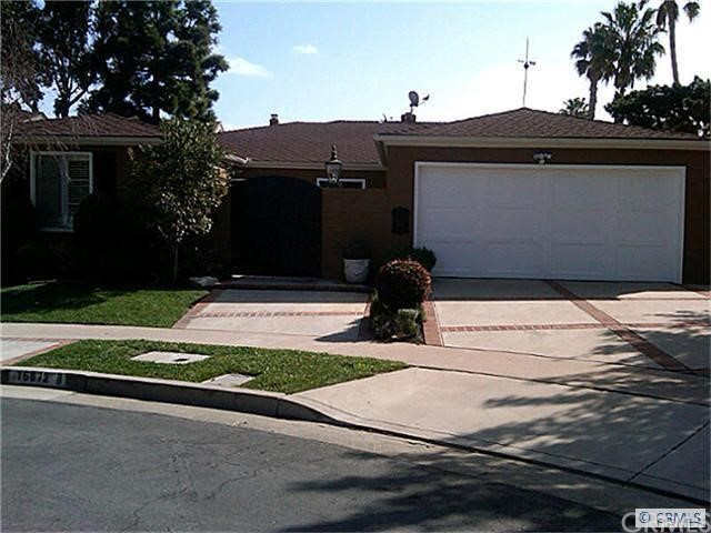 Single Family Home for Rent at 16872 Stiles St Huntington Beach, California 92649 United States