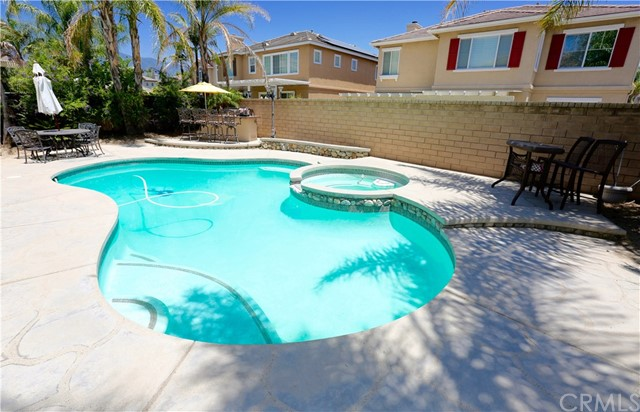 7175 Taggart Place, Rancho Cucamonga CA: http://media.crmls.org/medias/5d0b9ad0-a4a2-4ff2-bd0c-e704885b7dfe.jpg