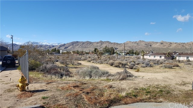 7190 Palo Alto Avenue Yucca Valley, CA 92284 - MLS #: EV18236902