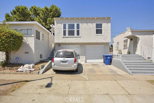 817 W 90th St, Los Angeles CA: http://media.crmls.org/medias/5d33e79f-0166-49a9-8f44-ae7d4c6d2eac.jpg