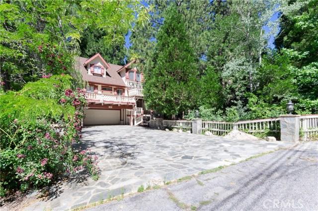 396 Birchwood Drive, Lake Arrowhead CA: http://media.crmls.org/medias/5d4256f2-9edc-4374-b5c8-2f4c338989e5.jpg