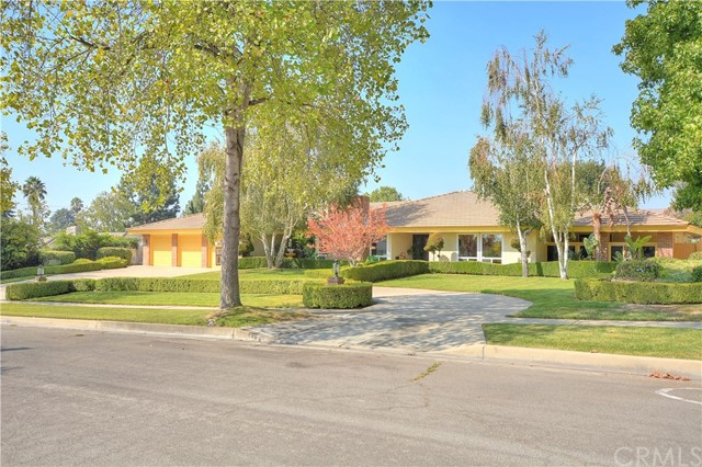 2117 N Tulare Ct, Upland, CA 91784