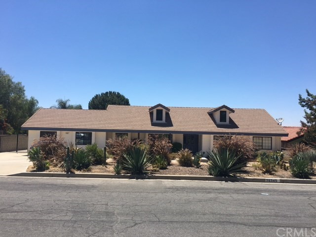 26345 Thacker Drive Hemet, CA 92544 is listed for sale as MLS Listing IV17009225