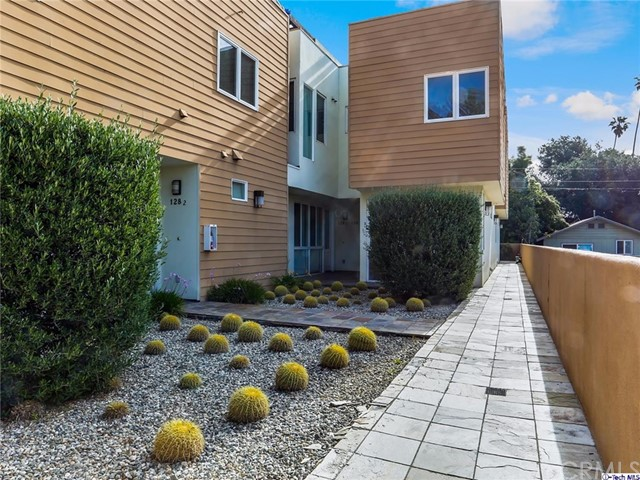 Condominium for Sale at 128 Allen Avenue Pasadena, California 91106 United States