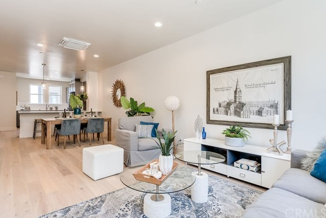 Detail Gallery Image 1 of 40 For 2478 Victoria Ave #106, San Luis Obispo, CA 93401 - 2 Beds | 2/1 Baths
