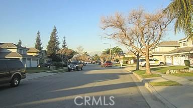 13585 Joshua Lane, Chino CA: http://media.crmls.org/medias/5d8d301e-1d23-4da4-a1c2-4dc9a97550c5.jpg