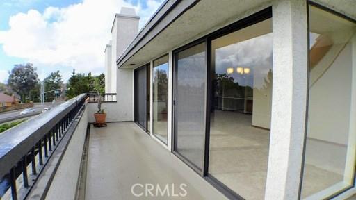 6262 Riviera Cr, Long Beach, CA 90815 Photo 8