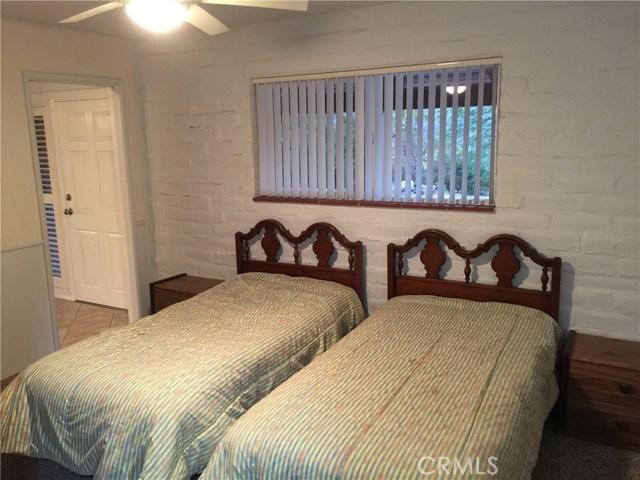 32465 Camino San Ignacio, Warner Springs CA: http://media.crmls.org/medias/5d949810-639d-4dcb-975d-d981dc6f7e80.jpg