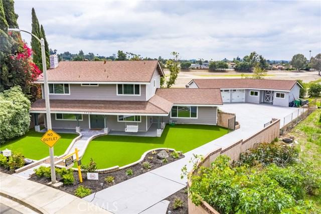 1730 La Mesa Oaks Drive, San Dimas CA: http://media.crmls.org/medias/5d95caf4-8b83-4e37-bd6d-a1d8d9913358.jpg