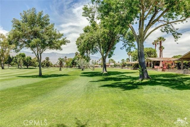 73450 Country Club Drive, Palm Desert CA: http://media.crmls.org/medias/5d99f470-05fc-4e0a-9f2d-9559ab5b30fa.jpg