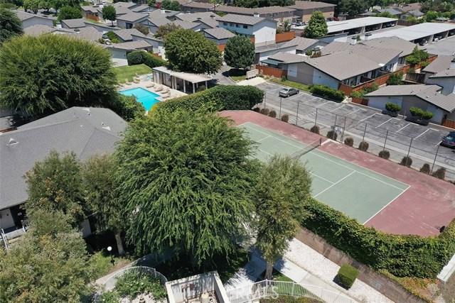 1034 Royal Oaks Drive, Monrovia CA: http://media.crmls.org/medias/5da15fe6-3442-4c64-8478-3a68f6090477.jpg