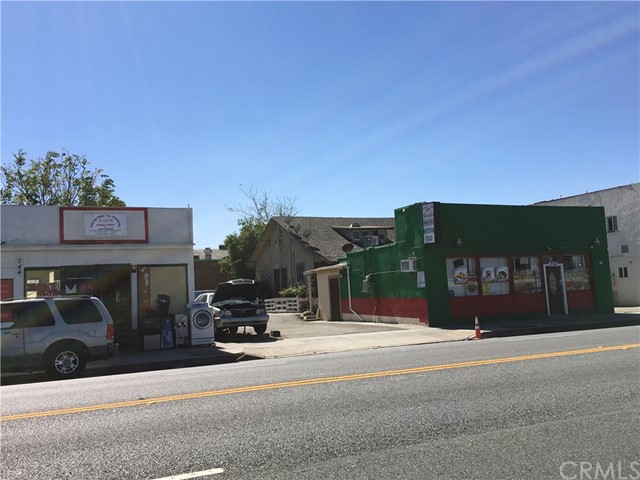 Commercial for Sale at 736 E Holt Boulevard Ontario, 91761 United States
