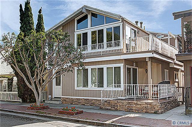 517 W BAY Avenue, Newport Beach CA: http://media.crmls.org/medias/5dae3f5b-81cc-4a4a-a3aa-9d4a0c86b5c7.jpg