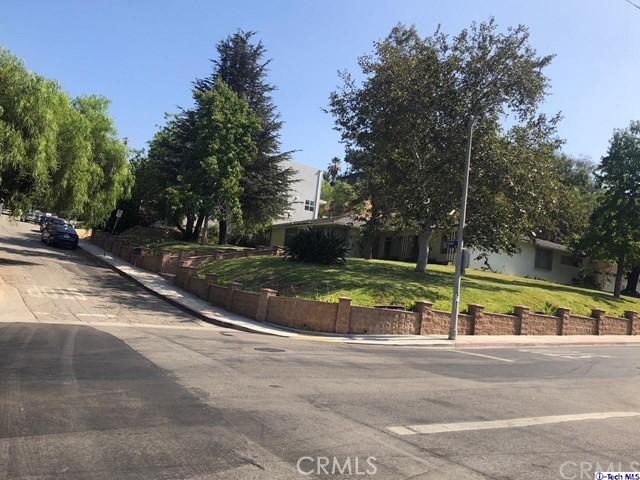 4026 Randolph Avenue, Los Angeles CA: http://media.crmls.org/medias/5db0d629-ba67-452f-86b7-c3622846ce6a.jpg