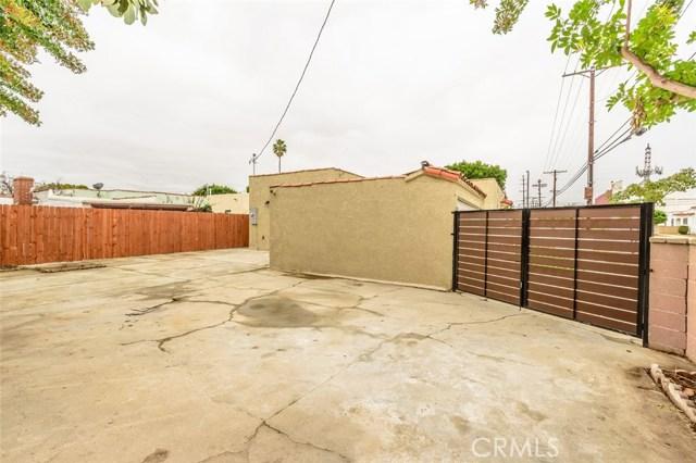 8900 S Hobart Bl, Los Angeles, CA 90047 Photo 32