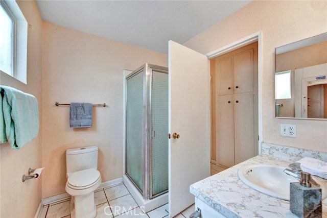 2125 N Hathaway Street Santa Ana, CA 92705 - MLS #: PW18194309