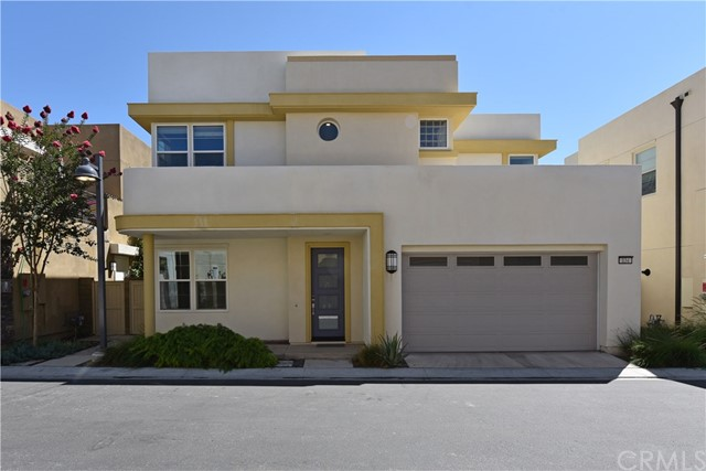 Detail Gallery Image 1 of 24 For 134 Newall, Irvine,  CA 92618 - 3 Beds | 2/1 Baths