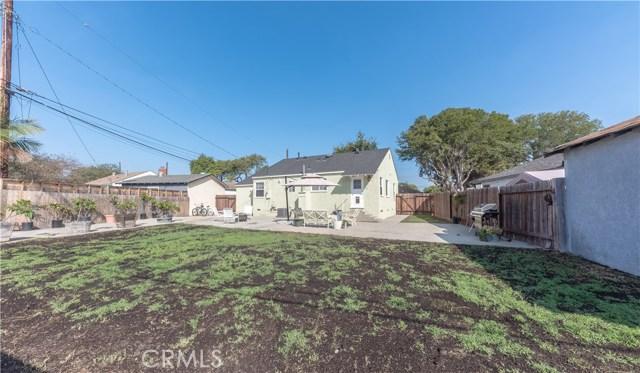 4514 E De Ora Way, Long Beach CA: http://media.crmls.org/medias/5dc2e0d2-a715-4420-9135-9c9372c855da.jpg