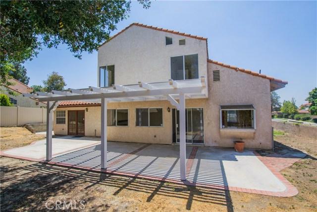 11511 Bryn Mawr Avenue, Loma Linda CA: http://media.crmls.org/medias/5dd5a19f-d898-437f-be88-fbde54df2e98.jpg