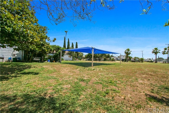 109 S Aprilia Avenue, Los Angeles, California 90220, ,Specialty,For sale,Aprilia,PW20011421