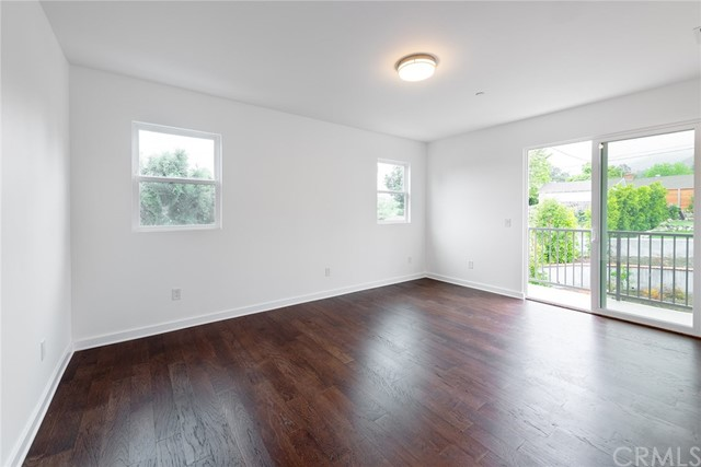 5040 Rosemont Avenue, La Crescenta, CA 91214