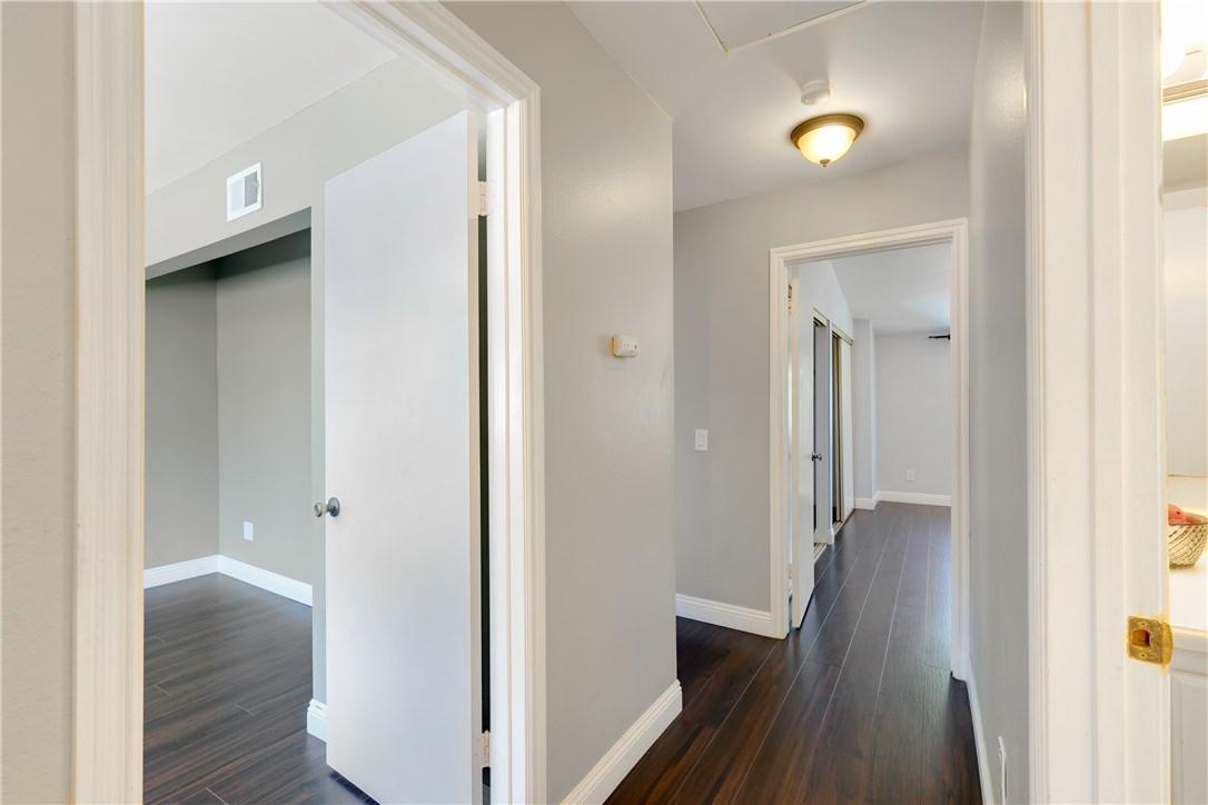 2623 Monterey Place, Fullerton CA: http://media.crmls.org/medias/5dfe8aca-63fe-46a9-98fb-dbaae6ae701d.jpg
