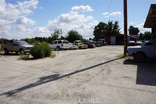 27795 Highway 145, Madera CA: http://media.crmls.org/medias/5e00c742-0289-47b7-a9f3-d471f45d1e3b.jpg