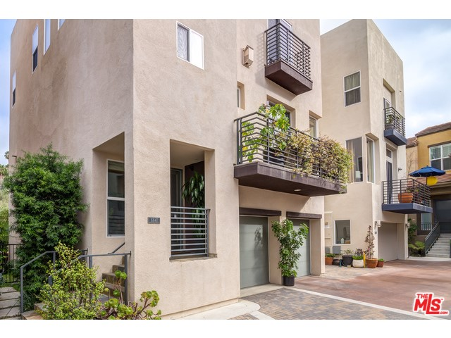 6641 SEABLUFF Drive Playa Vista, CA 90094 is listed for sale as MLS Listing 15916483