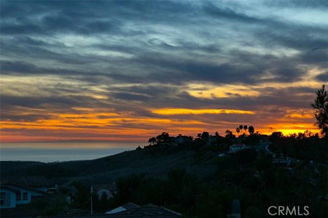 2700 Calle Estrella Del Mar, San Clemente CA: http://media.crmls.org/medias/5e0aa13d-601a-49c5-bf29-1f85819bc4d6.jpg