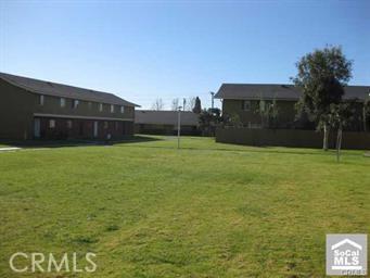 631 S Fairview Street Unit 4F Santa Ana, CA 92704 - MLS #: PW18110992