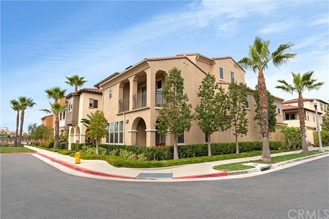 Detail Gallery Image 1 of 1 For 8193 Noelle Dr, Huntington Beach,  CA 92646 - 5 Beds   5 Baths