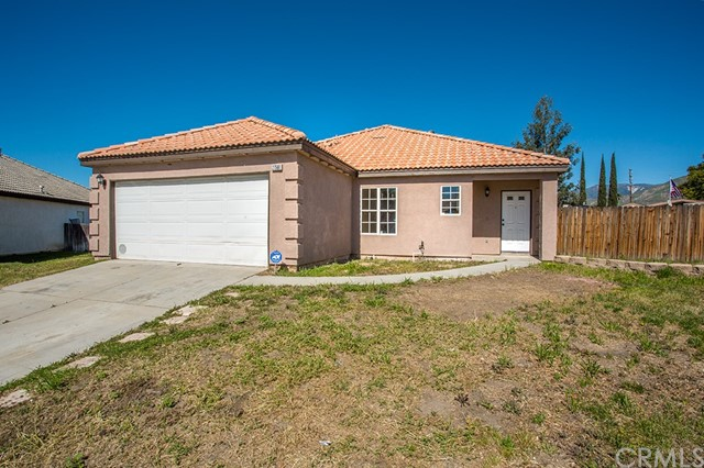 Single Family Home for Sale at 27568 7th Street Highland, California 92346 United States